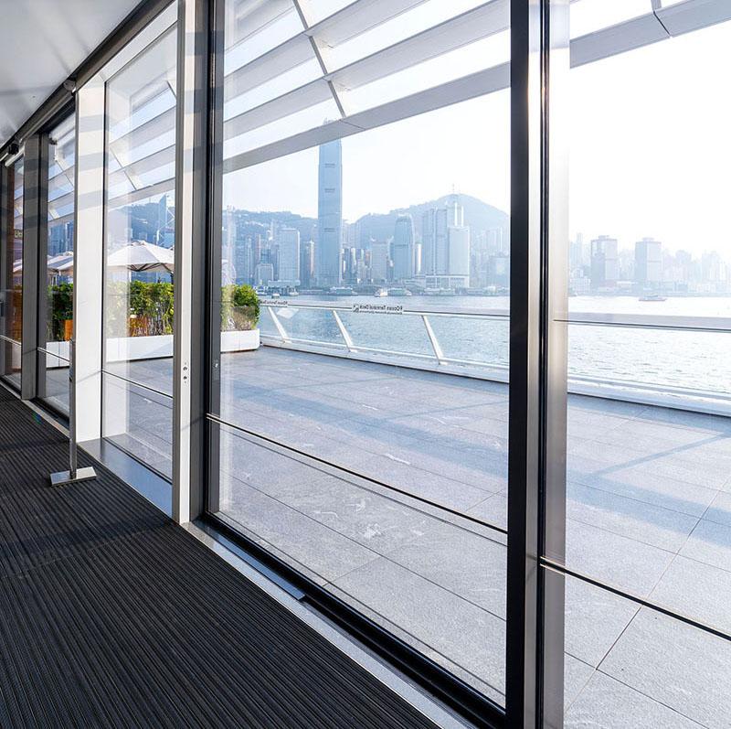 Solarlux cero Schiebefenster Ocean Terminal