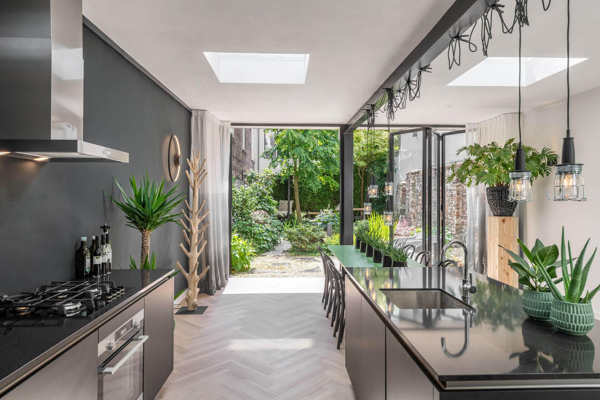 Solarlux Ecoline bi-folding door