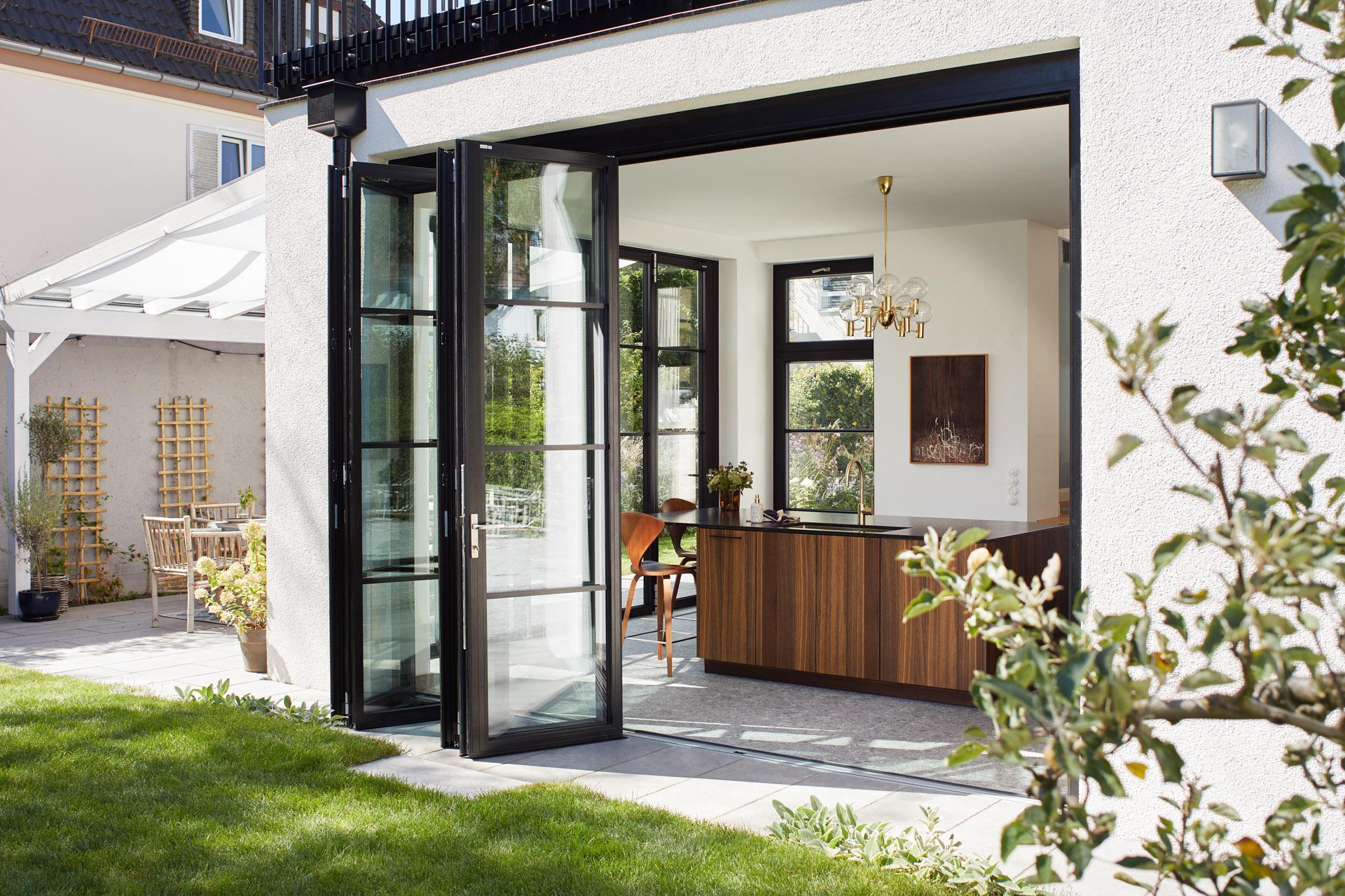 Solarlux Highline bi-folding door