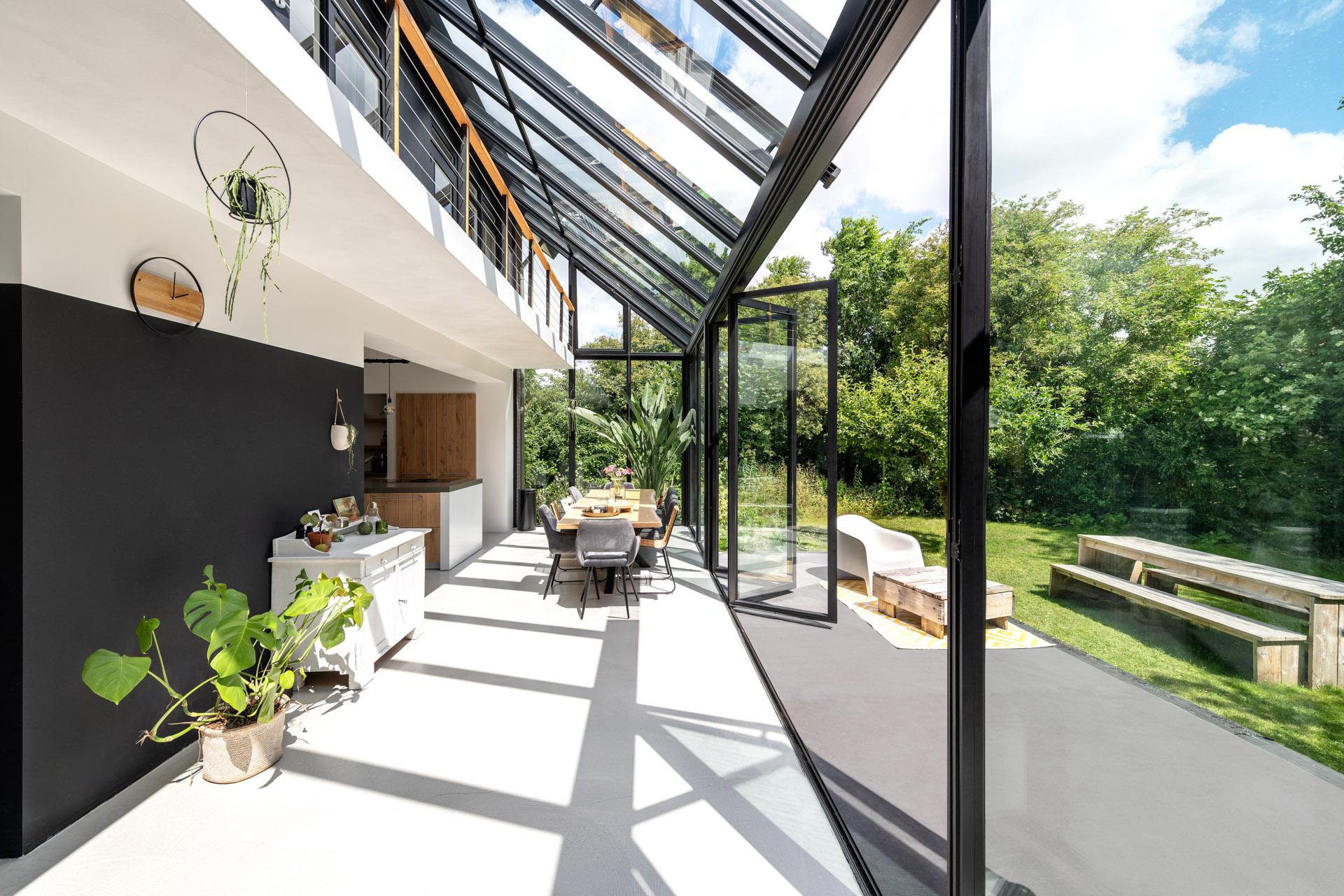 Solarlux Akzent Plus wintergarden Ecoline Bi-Folding Doors